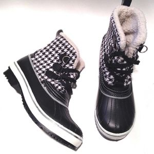 Shoes - HOUNDSTOOTH SHERPA FUR LINED WINTER SNOW DUCK BOOT
